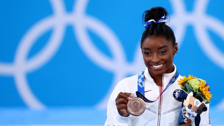 Simone Biles comemora o bronze na trave nos Jogos Olímpicos Tóquio-2020 - Reuters