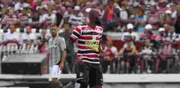 Grafite foi oferecido por empresários e pode reforçar o Santos na temporada 2017 - Antônio Melcop