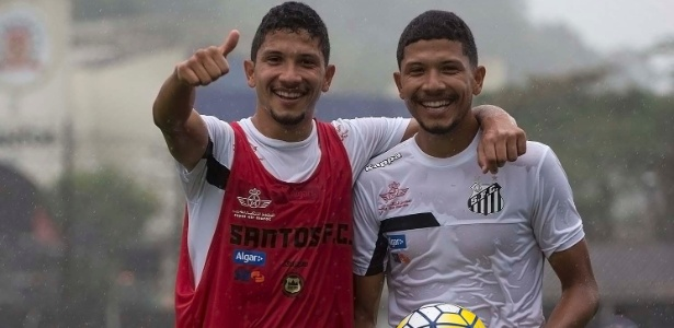 Yan e Yuri são gêmeos e treinam no time principal do Santos