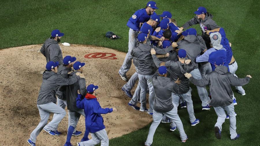 Jogadores do Chicago Cubs celebram vitória na MLB - Rob Carr/Getty Images