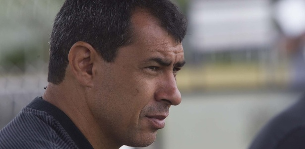Carille fará primeiro jogo da carreira como treinador na Libertadores