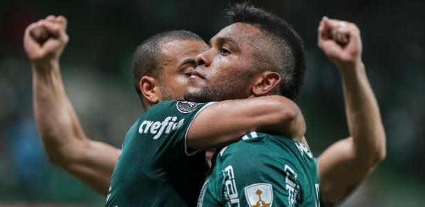 Palmeiras foi vaiado no intervalo e ovacionado após vitória por 3 a 1 sobre o Junior