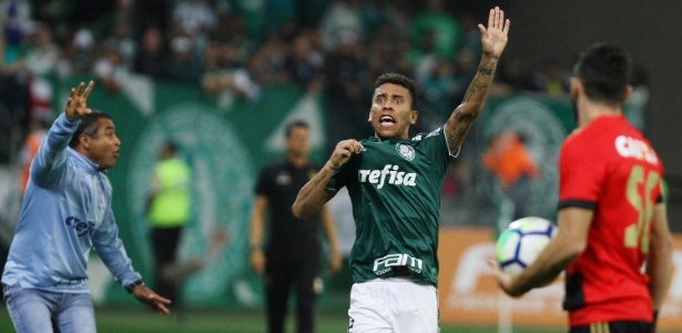 Marcos Rocha pode parar no Grêmio, mas clube negocia antes com Léo Moura - PETER LEONE/FUTURA PRESS/FUTURA PRESS/ESTADÃO CONTEÚDO