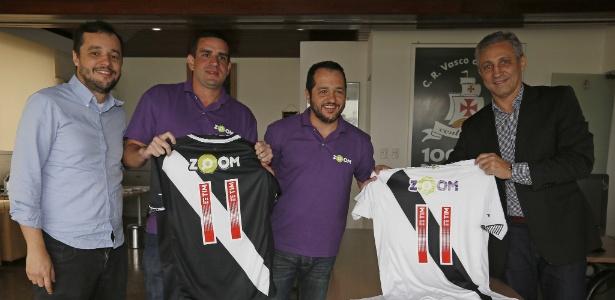 Diretorias de Vasco e Zoom celebram o acordo de patrocínio em São Januário - Rafael Ribeiro / Site oficial do Vasco