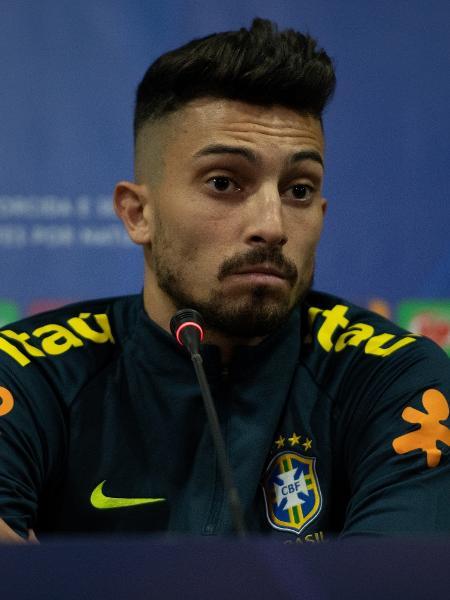 Alex Telles foi convocado para o lugar de Filipe Luís, machucado - Pedro Martins/Mowa Press
