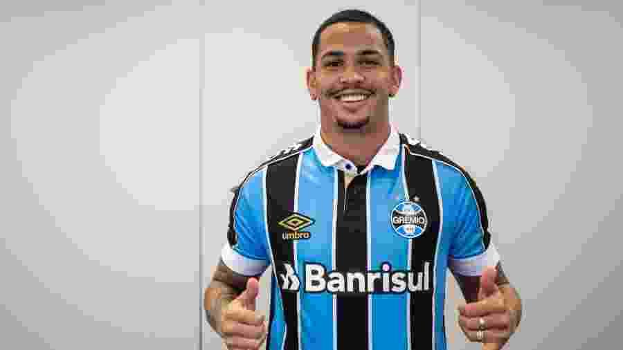Luciano se prepara para estrear pelo Grêmio contra o Flamengo, pelo Brasileirão - Lucas Uebel/Grêmio