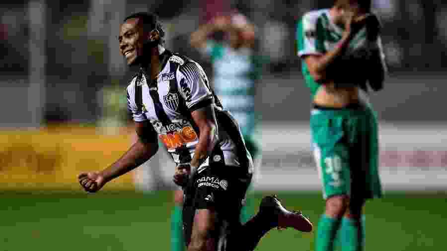 Elias comemora gol do Atlético-MG contra o La Equidad - EFE/Yuri Edmundo