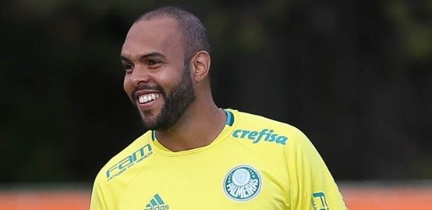 Alecsandro fez dois gols em jogo-treino contra o Flamengo de Guarulhos
