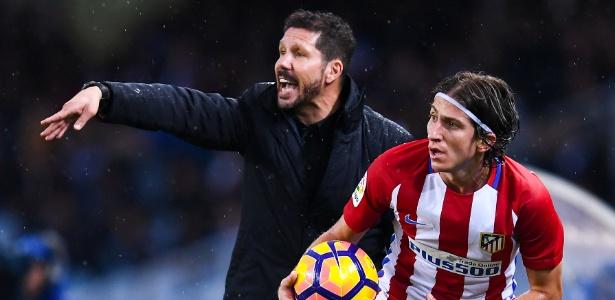Diego Simeone confia em Filipe Luís, mas quer outra opção para a lateral do Atlético