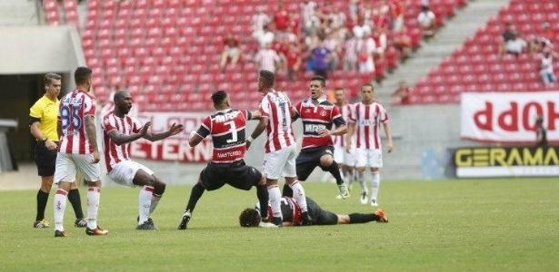 Eliminado da Copa do Brasil e da Copa NE, Náutico ainda está vivo no PE - Diego Nigro/JC Imagem
