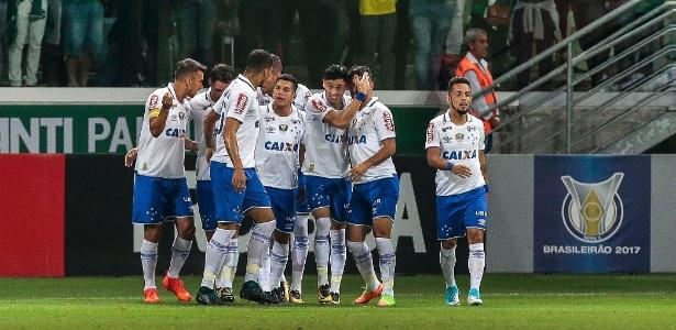 Atletas do Cruzeiro negam recebimento de 'mala branca' após jogo contra o Palmeiras