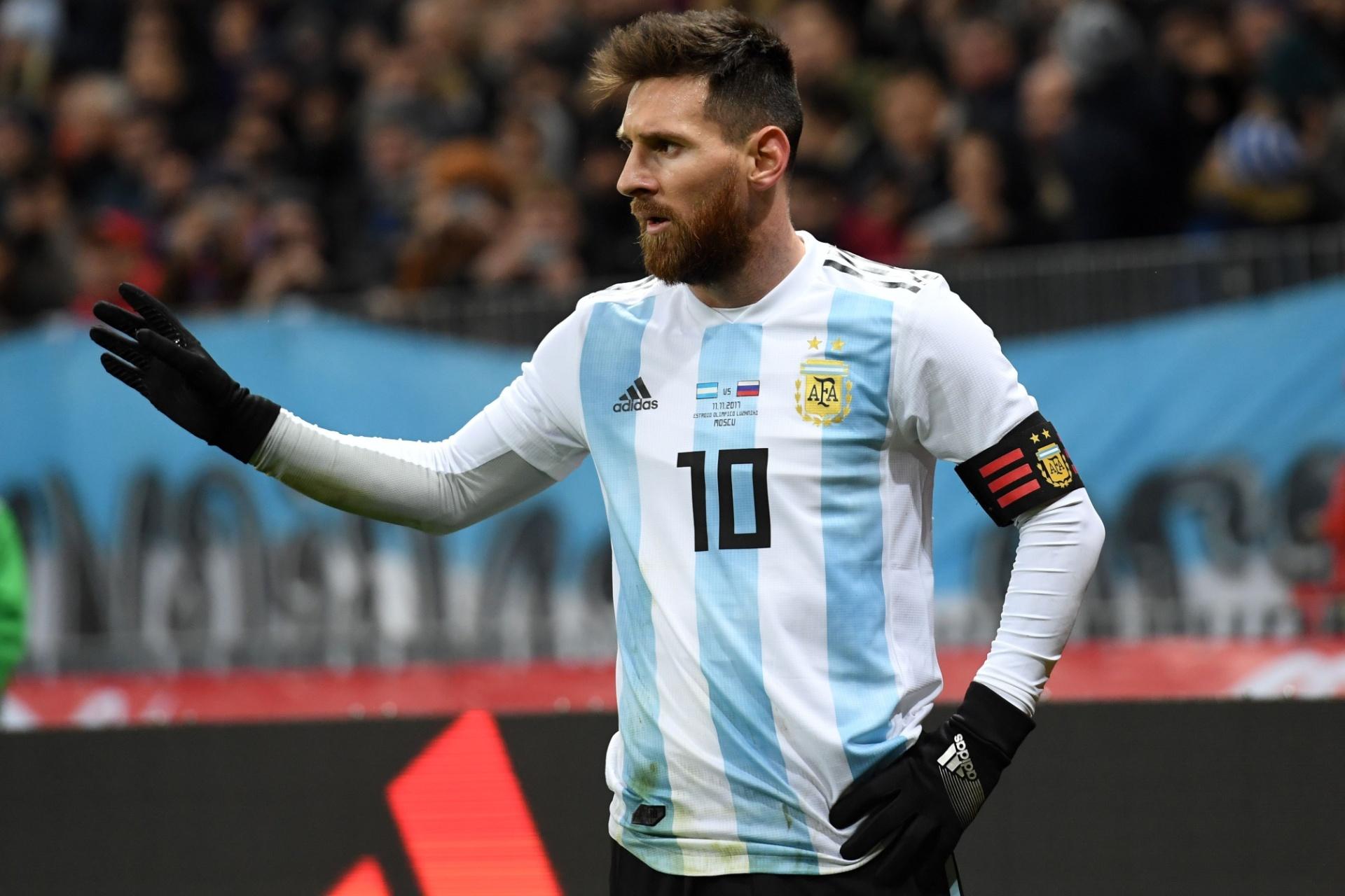7e98a916bd Batistuta se sente mal por ter perdido artilharia da Argentina para Messi -  Esporte - BOL