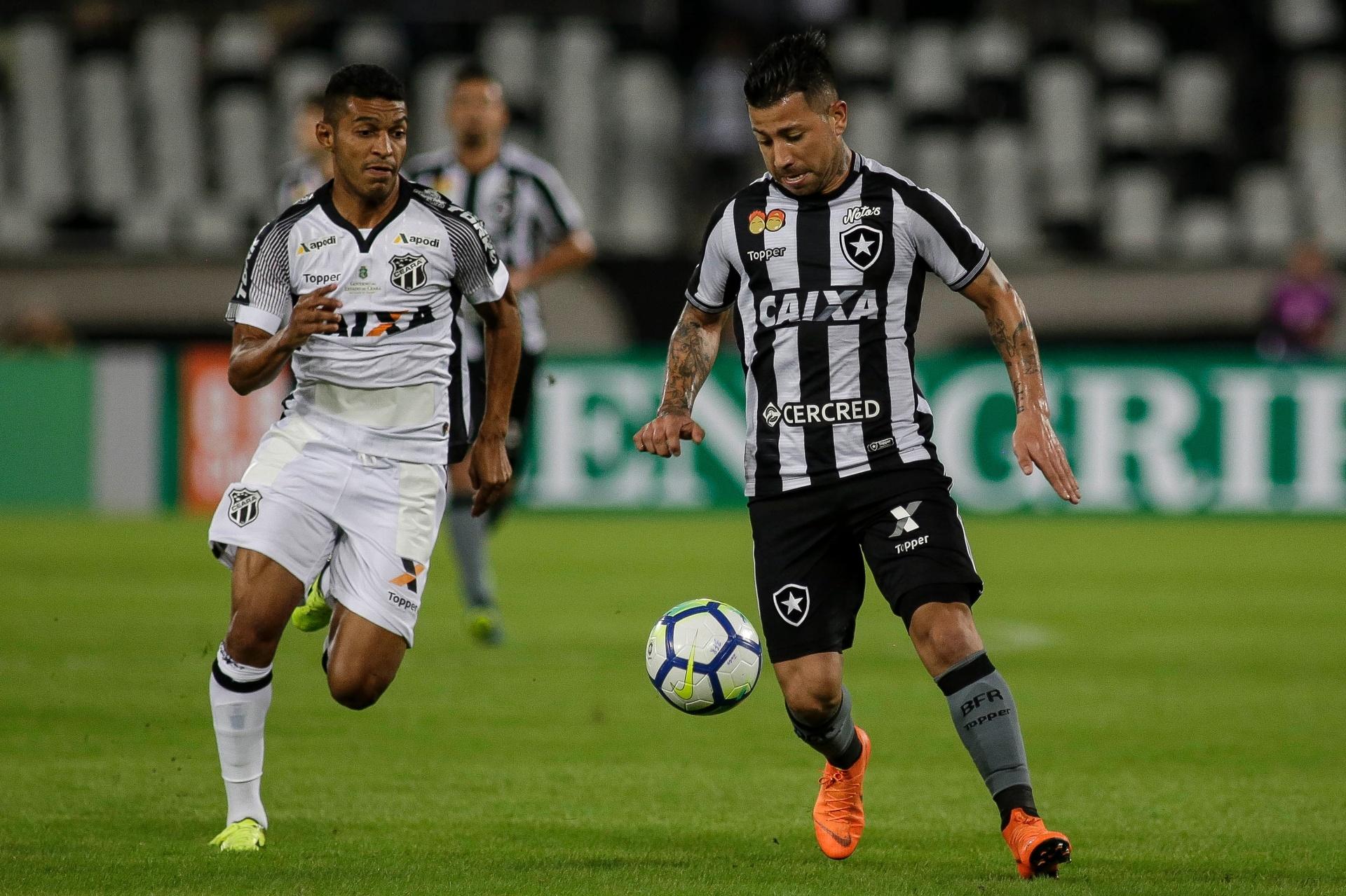 Botafogo joga mal e845be9a2c53e