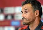 A pedido de psicólogo, Luis Enrique leva seleção espanhola ao paintball - JOSE JORDAN / AFP