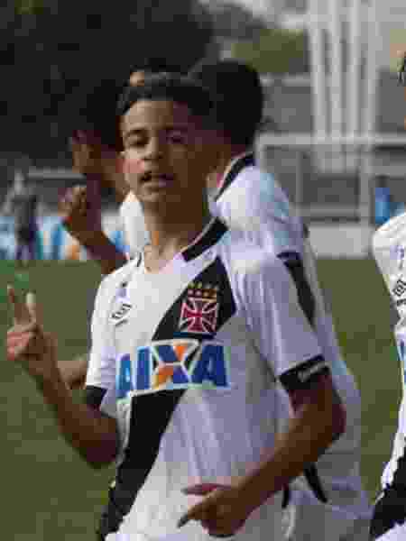 Miguel (esq.) quando atuou nas divisões de base do Vasco, em 2016: depois o jovem retornou para o Fluminense - Paulo Fernandes / Vasco - Paulo Fernandes / Vasco
