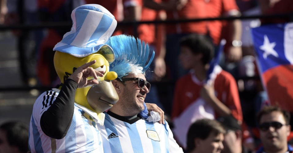 Homer Simpson parece que optou por torcer para a Argentina na final da Copa América