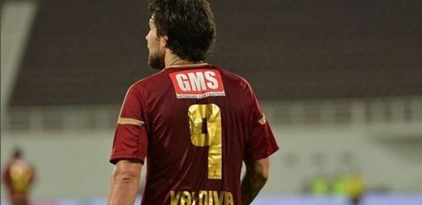 """Valdivia fez a """"pior estreia"""" da temporada, segundo jornal dos Emirados Árabes"""