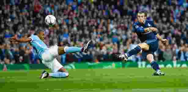 Bale tentou uma das poucas finalizações do Real Madrid na partida contra o Manchester City pela Liga dos Campeões - Darren Staples/Reuters - Darren Staples/Reuters