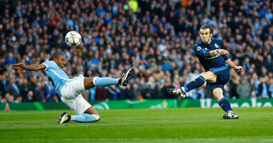 Bale tentou uma das poucas finalizações do Real Madrid na partida contra o Manchester City pela Liga dos Campeões