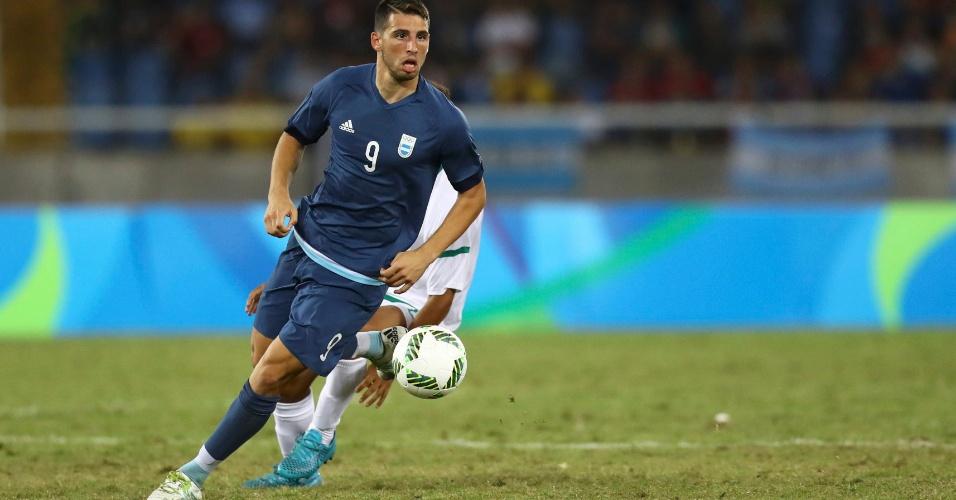 Jonathan Calleri marca o segundo e coloca a seleção argentina novamente na frente da Argélia
