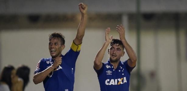Cruzeiro fez bonito, venceu o Bota por 5 a 2 e emplacou sua terceira vitória seguida