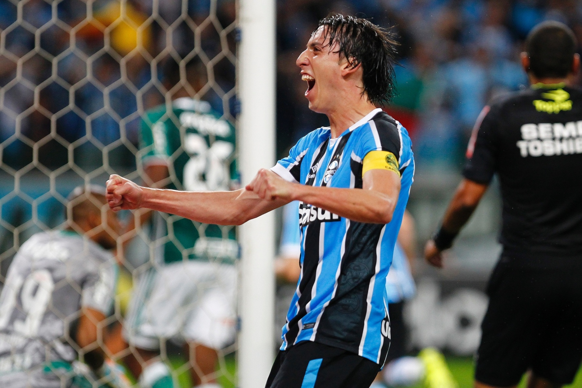 G-6 muda realidade e tira Inter da pauta do Grêmio no Brasileirão - Esporte  - BOL c492726e551e4