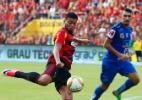 Pernambucano deve ter final adiada; jovem Salgueiro sofre perda de atletas - Clélio Tomaz/AGIF