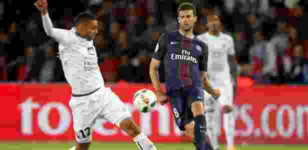 Thiago Motta exaltou a qualidade de Neymar como jogador - CHARLES PLATIAU/REUTERS
