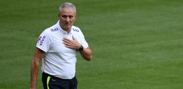 Tite durante último treino antes de Brasil x Chile no Allianz Parque