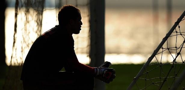 Marcelo Lomba descansa após treinamento do Internacional e fica fora por lesão - Ricardo Duarte/Inter