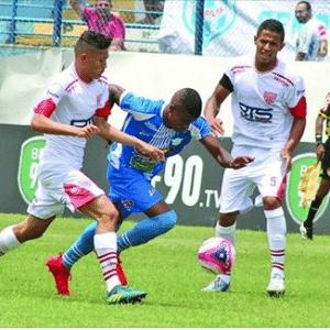 Jamerson em ação durante jogo do Marília