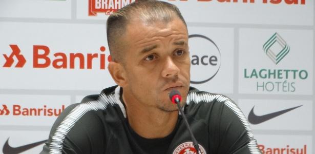 D'Alessandro concede entrevista coletiva no CT do Inter e antevê o Brasileiro