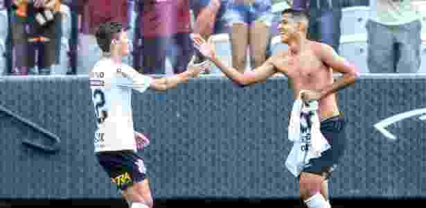 Matheus Matias celebra gol em amistoso contra o Gremio, seu único no Corinthians - Rodrigo Coca/Ag. Corinthians