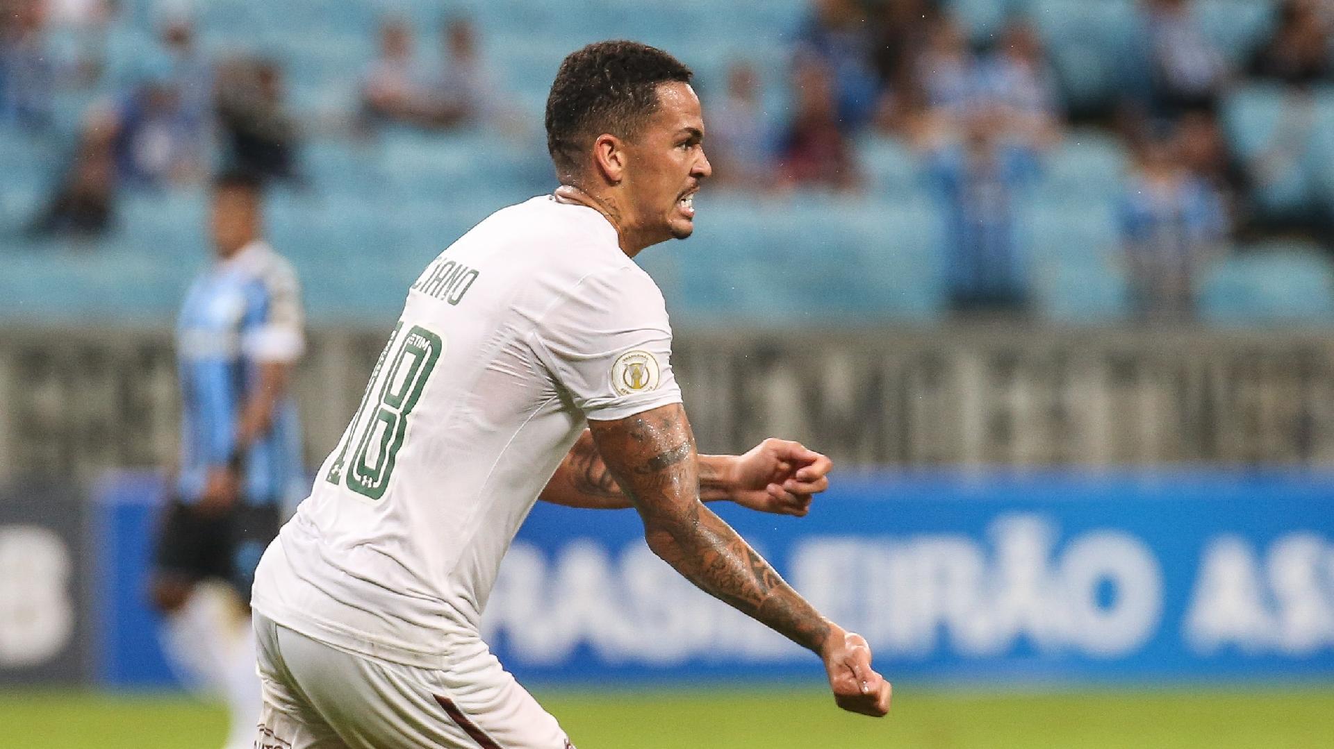 Luciano comemora gol do Fluminense contra o Grêmio