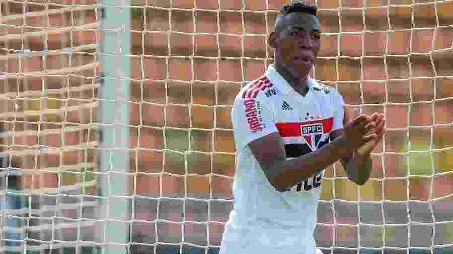 Leo Pelé, lateral do São Paulo - Ale Cabral/Agif