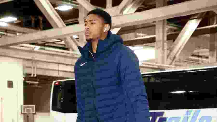 Jogador de 25 anos deve deixar os Rockets nas próximas horas, segundo o The Athletic - Brian Sevald/NBAE via Getty Images