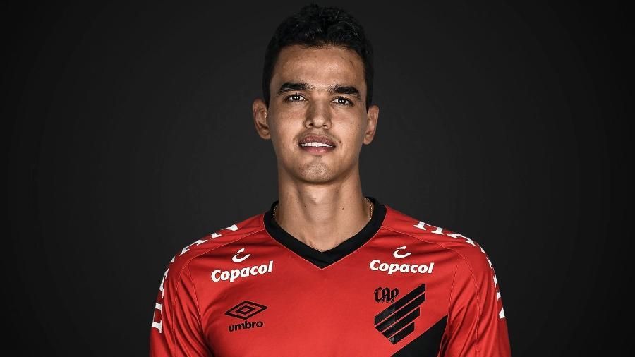 Felipe Aguilar, zagueiro do Athletico - Divulgação/Site oficial do Athletico