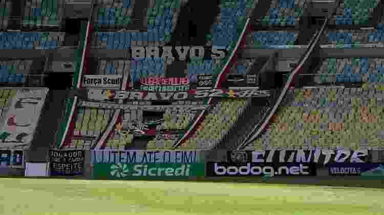 Faixas e adereços da torcida do Fluminense já foram instalados no Maracanã - Arquivo pessoal - Arquivo pessoal