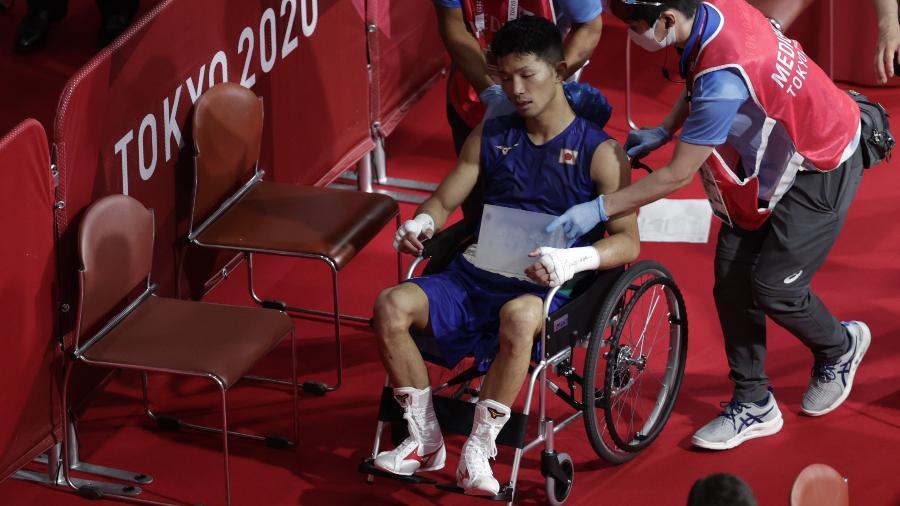 Ryomei Tanaka deixa ringue de cadeira de todas após vencer Yuberjen Martinez Rivas - Ueslei Marcelino/Reuters