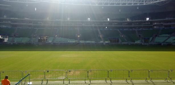 Grama do Allianz Parque já gerou dor de cabeça para a construtora e clube