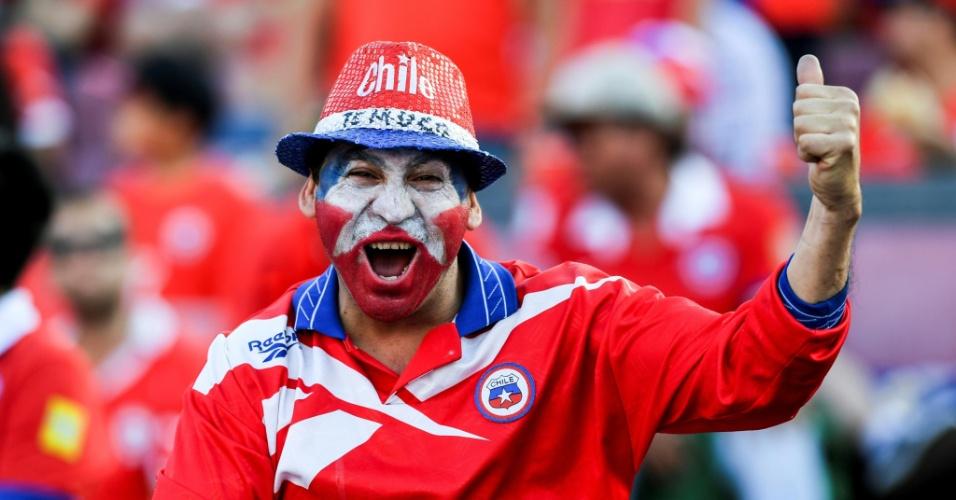 Torcedor chileno vibra antes da partida entre Chile e Uruguai