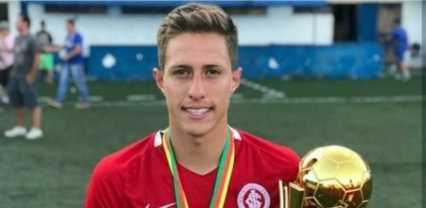 Richard, meia do Inter, foi destaque nas categorias de base e na Copa São Paulo
