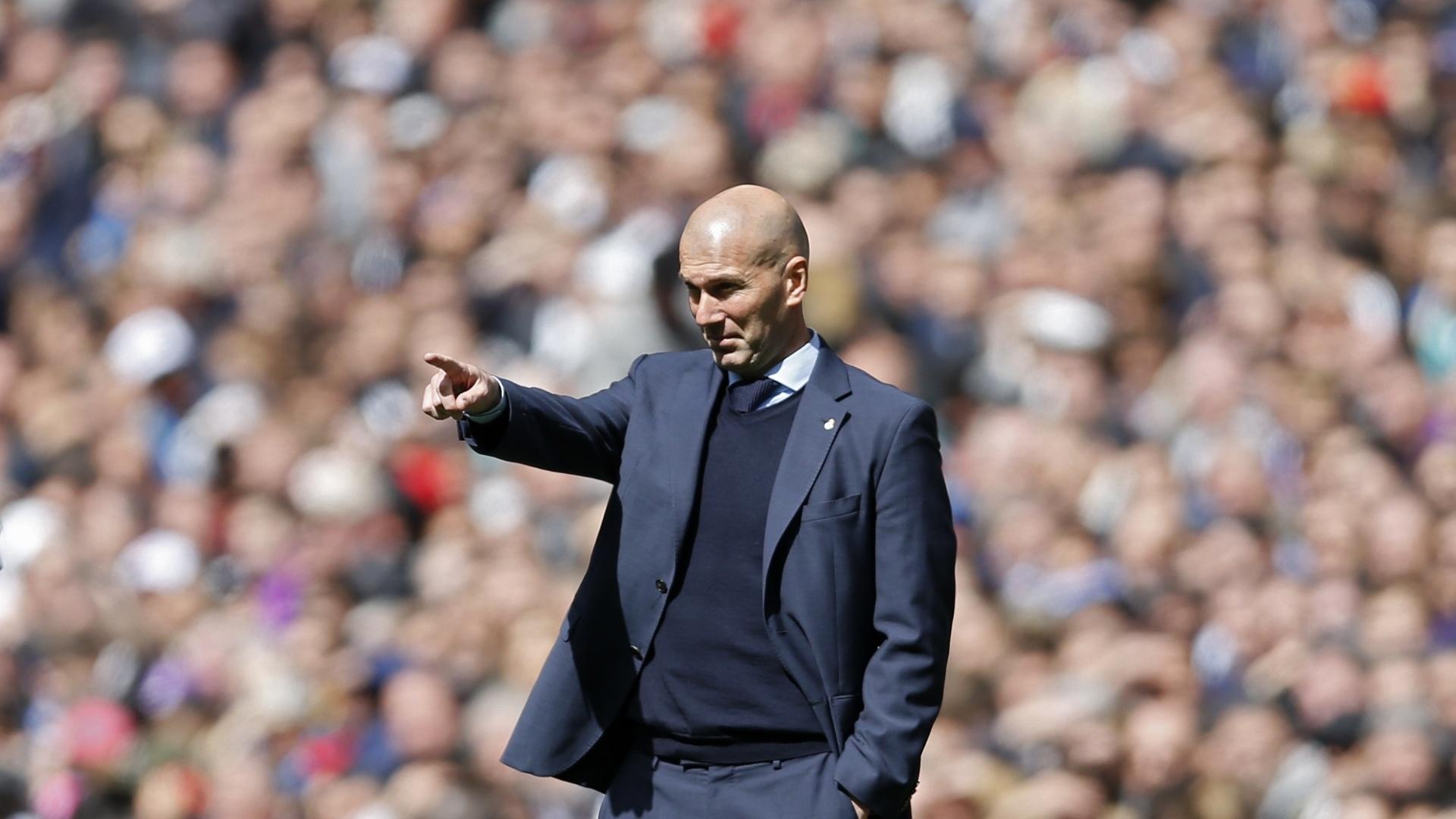 Zidane comanda o Real Madrid no Santiago Bernabéu pelo Espanhol