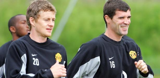 Solskjaer (esq.) jogou pelo Manchester United por 11 temporadas e conquistou 12 títulos  - SIan Hodgson/Reuters