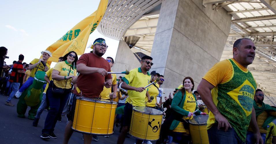 Torcedores brasileiros fazem a festa antes de amistoso contra o Panamá