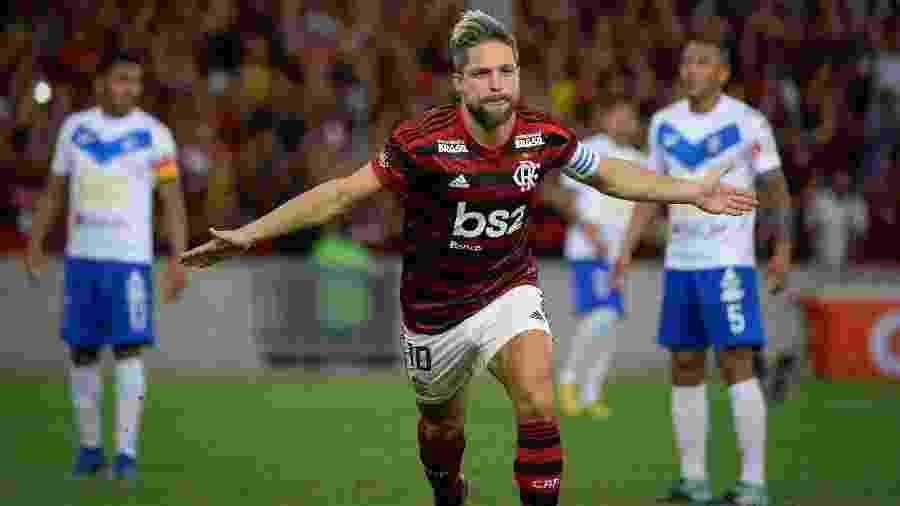Diego comemora o primeiro gol do Flamengo na vitória sobre o San José-BOL - Alexandre Vidal / Flamengo
