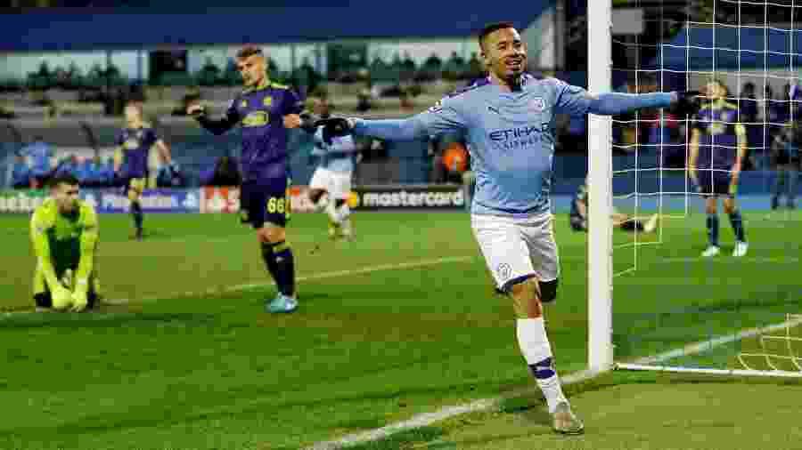 Dinamo saiu na frente, mas ingleses viraram graças a três gols de Gabriel Jesus - Matthew Childs/Reuters