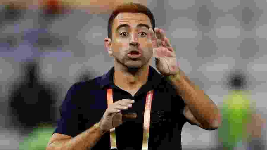 Xavi, treinador do Al-Sadd, é cotado para assumir o cargo no Barcelona - Kai Pfaffenbach/Reuters