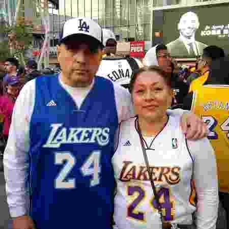 Jerry and Noemi Camo lamentam a perda do ex-jogador dos Lakers - Juliana Borba/UOL