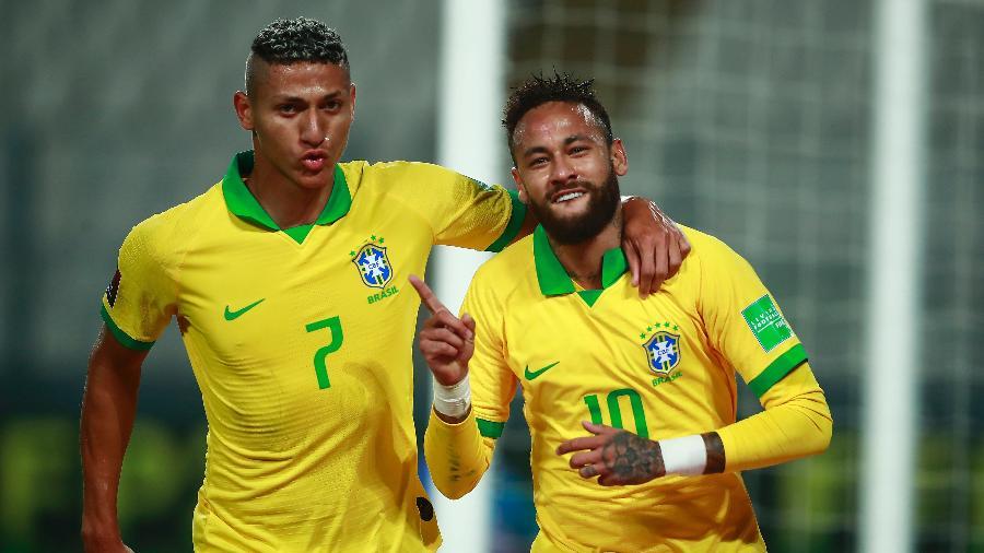 Neymar homenageia Ronaldo após marcar para o Brasil contra o Peru - Daniel Apuy/Getty Images